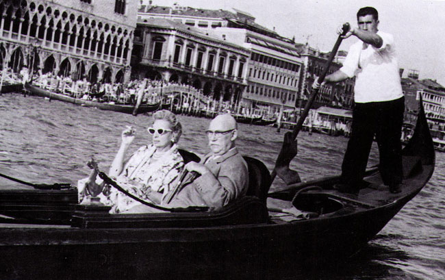 1962 – Raoul Kuffner dies of a heart attack. Tamara is deeply affected.image: Baroness Kuffner - Tamara with her second husband, Raoul Kuffner, Venice